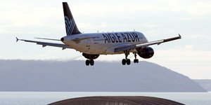 Aigle Azur, A320