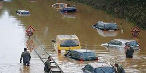 Allemagne, inondations, crues, BundeswehrDe chine en allemagne, des crues revelatrices de la vulnerabilite climatique