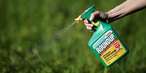 Allemagne: le glyphosate sera interdit a partir de la fin 2023, selon des sources