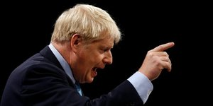Boris johnson maintient le cap du 31 octobre