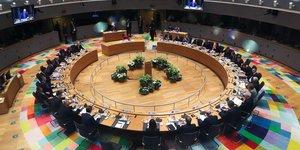 Echec a bruxelles des negociations autour du budget europeen a long terme