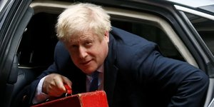 Gb/brexit: johnson promis a une seance houleuse aux communes