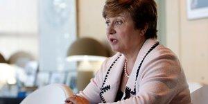 """Georgieva met en garde contre le """"ralentissement synchronise"""" de la croissance"""