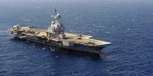 La france va deployer le porte-avions charles-de-gaulle au levant
