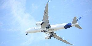 Le 1er vol de l'A350 à Toulouse