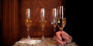 Le contexte du marche du champagne pour 2016 pousse laurent-perrier a la prudence