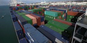 Le port du havre bloque apres l'arrestation de militants cgt