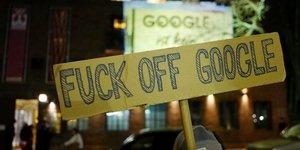 Manifestation devant le campus Google à Berlin