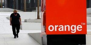 Panne des services d& 39 urgence: le gouvernement reproche a orange sa lenteur