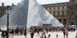"Paris et marseille ""zones actives"" de circulation du coronavirus"