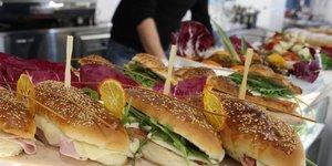 Sandwich au pain blanc
