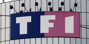 Tf1 dit reclamer moins de 20 millions d'euros par distributeur