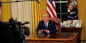 Trump, coronavirus, fermeture frontières,