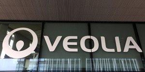 Veolia propose de racheter 29,9% de suez a engie avant une opa