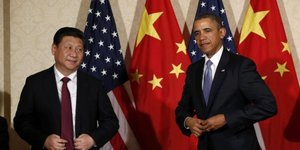 "Xi Jinping demande à Obama une attitude ""juste"" en Asie"